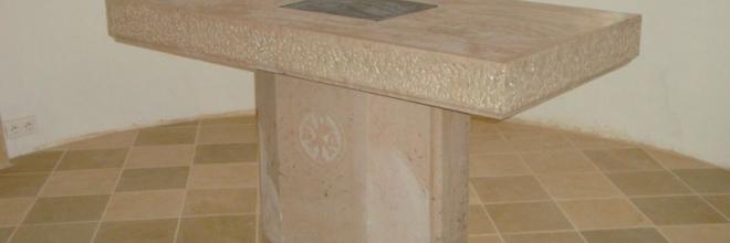 Réalisation d'un autel en pierre